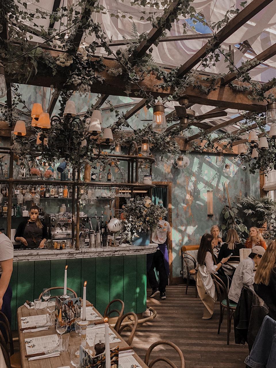 The interior of the Pink Mamma restaurant in Paris