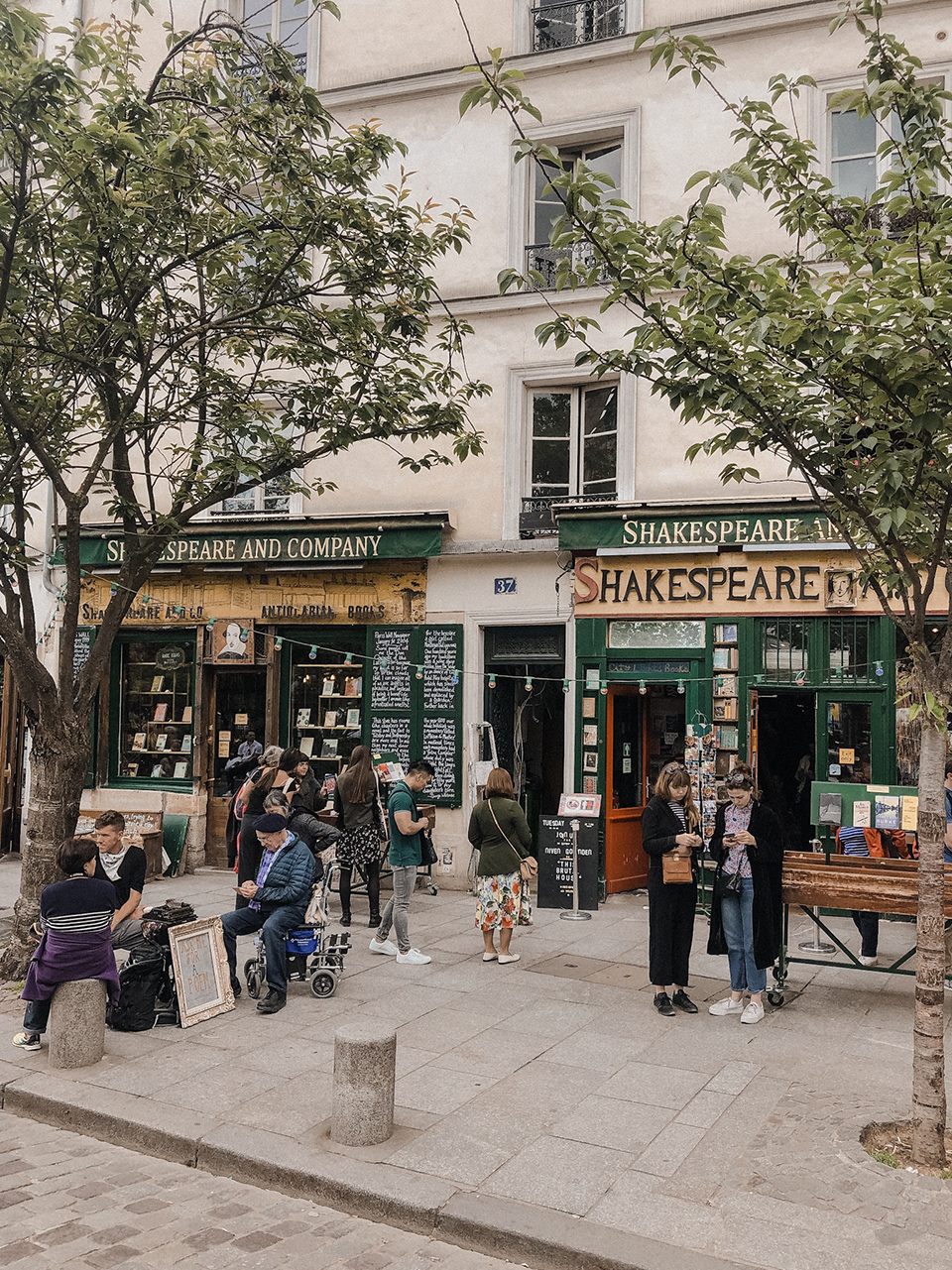 The outside of the Shakespeare and Company bookshop in Paris