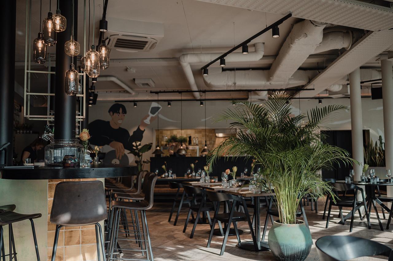 noon-maastricht-interior-restaurant-overview