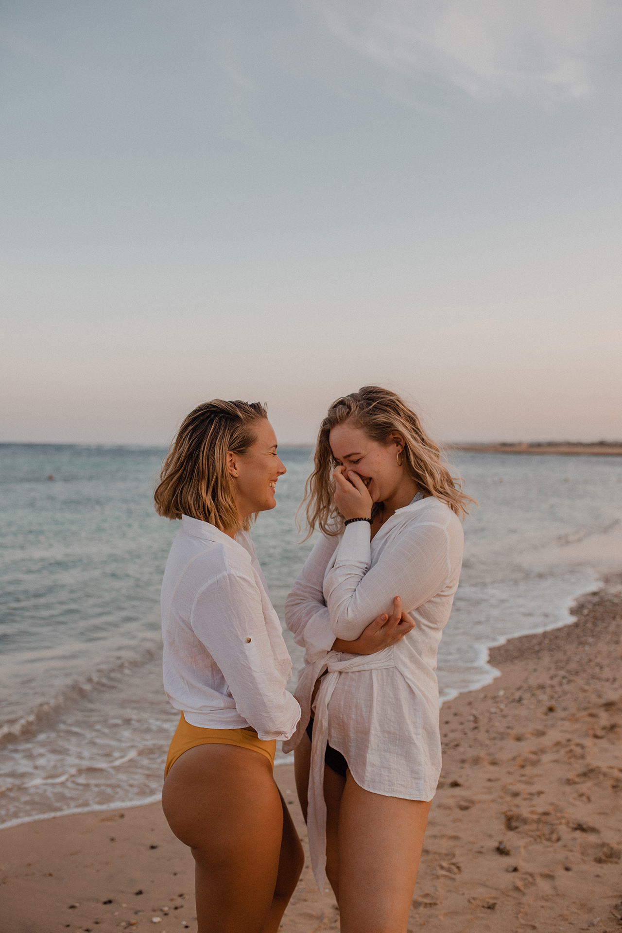 Blogger Kerstin (kerstinloves) and Sarah Witpeerd in Marsa Alam, Egypt